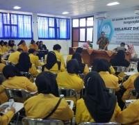 Mahasiswa Unnes Kunjungi SMP Labschool Unesa Lidah Wetan