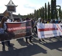 Ratusan Massa Aliansi Mahasiswa dan Pemuda Riau Dukung Nawacita Jokowi Jilid II