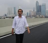 Jokowi Sebut Pembangunan Infrastruktur Tak Selalu Soal Ekonomi Tapi Persatuan Anak