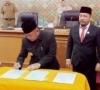 Diketok Palu, APBD Kabupaten Pelalawan 1.5 Triliun Lebih Disahkan