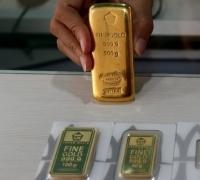 Usai Kemarin Turun Tajam, Harga Emas Hari ini Bertahan di Rp 767.000 per Gram