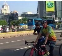 Perang Lawan Corona, Sandiaga Ajak Presiden Jokowi Bersepeda