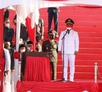 Peringati HUT RI ke-76 Bupati Pelalawan H. Zukri Bertindak Sebagai Inspektur Upacara